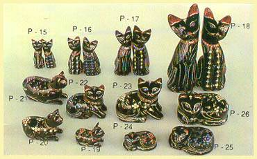 Lacquerware - Cat Figurines