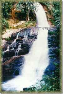 Mae Pan Waterfalls