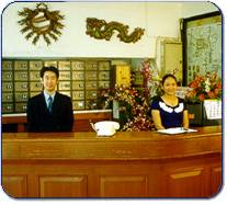 "The image ""http://www.chiangmai-online.com/paradise/images/photographs/hotel_desk.jpg"" cannot be displayed, because it contains errors."
